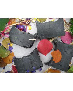 Sabonete Facial Detox de argila preta - 100 grs
